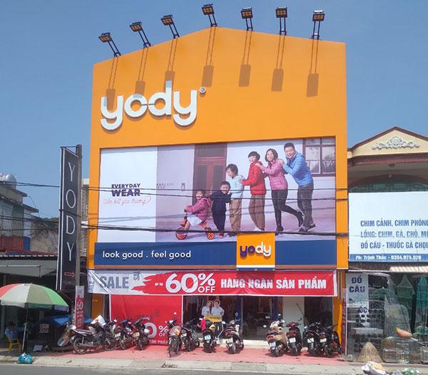 Làm biển pano hệ thống cửa hàng Yody Hải Phòng