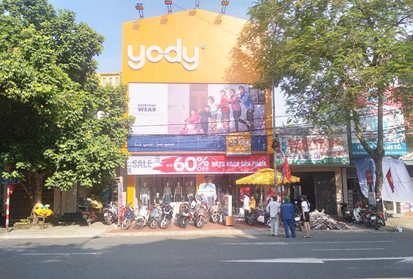 Thi công biển pano hệ thống cửa hàng Yody Hải Phòng