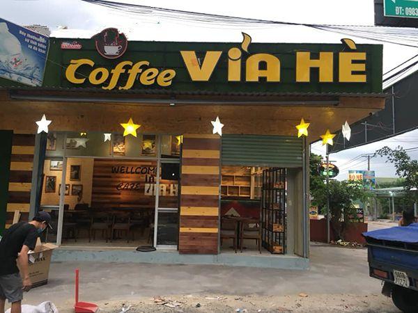 Thi công biển quảng cáo quán cà phê tại Hải Phòng
